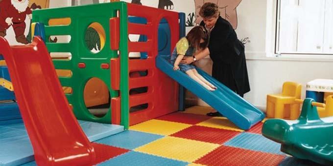 Un pavimento Infantil